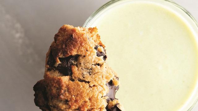 Günün tatlısı: Yulaflı kahvaltı keki