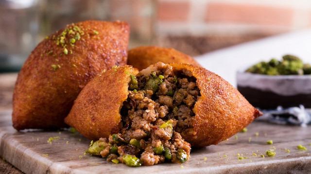 Günün ana yemeği: İçli köfte