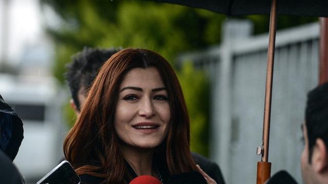 Deniz Çakır'a tesettürlü kadınlara hakaret suçundan dava açıldı