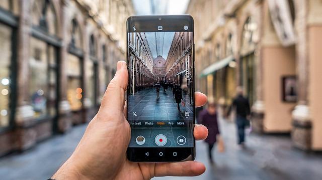 Huawei'nin 'kusursuz kamera' için aldığı risk işe yaradı mı?