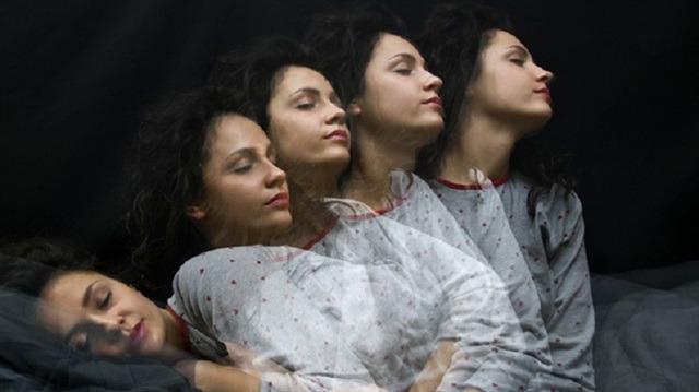 Uyku esnasında 'boşluğa düşme' hissi: Hipnik seğirme