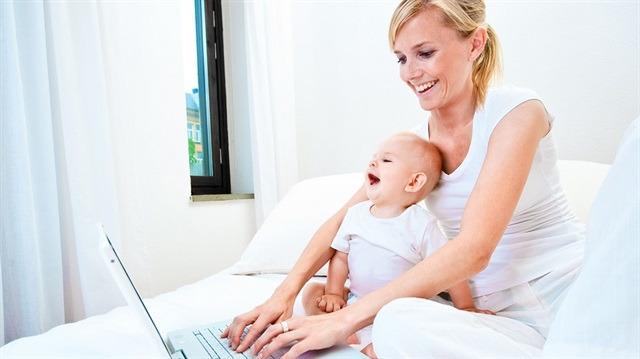 """Anneliğin kitabını yazmaya çalışan """"Blogger Anneler""""den korkun!"""
