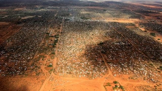 Dünyanın kabuk tutmayan yarası: Mülteci kampları