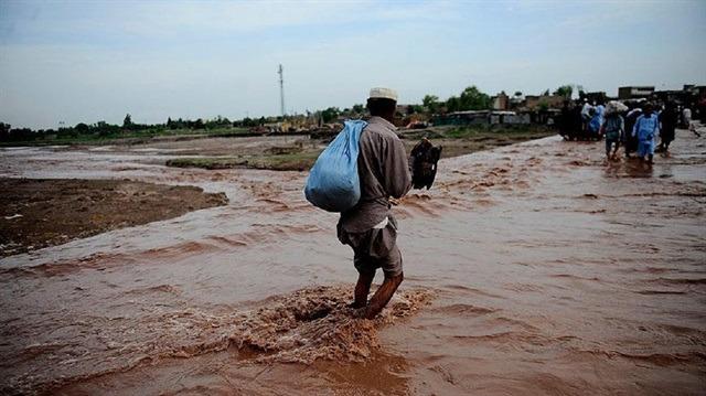 Muson yağmurları 43 can aldı