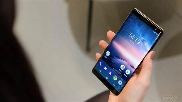 MWC 2018: Nokia 8 Sirocco tanıtıldı, işte detaylar!