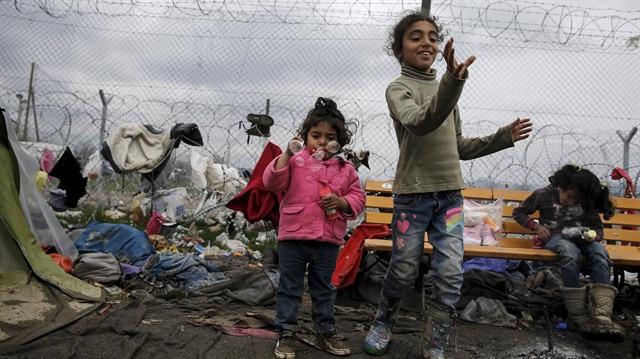 Tek istedikleri yaşıtları gibi büyümekti!: Avrupa'da 10 binden fazla mülteci çocuk kayboldu!