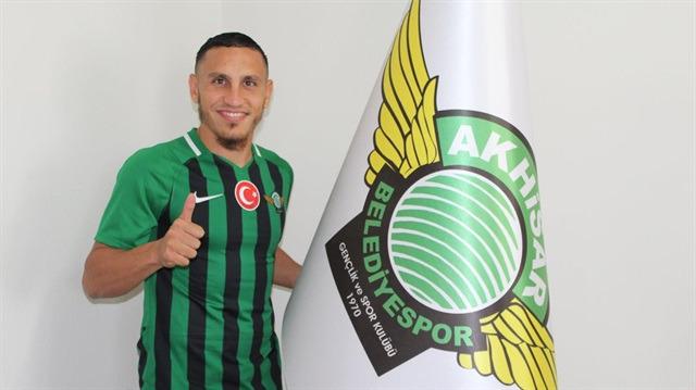 Akhisarspor, Regattin ile imzaladı