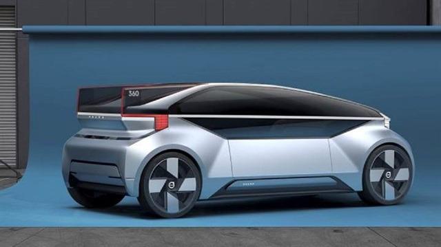 Volvo'dan önemli adım: Trafikte sürücüsüz otomobil testleri başlıyor!