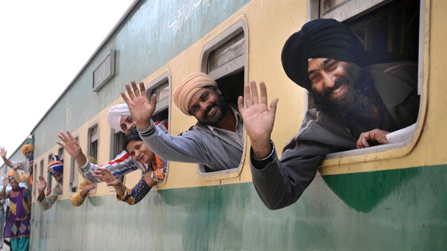 Pakistan'dan Sih hacılara vizesiz ziyaret izni