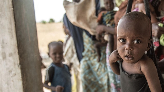 Nijeryalı çocuklar açlıkla karşı karşıya