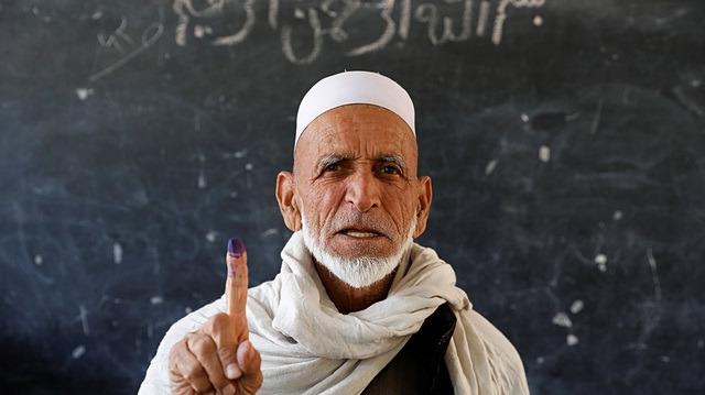 Afganistan sandık başında