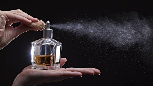 Parfümünüz kalıcı olsun istiyorsanız yapmanız gereken 5 madde