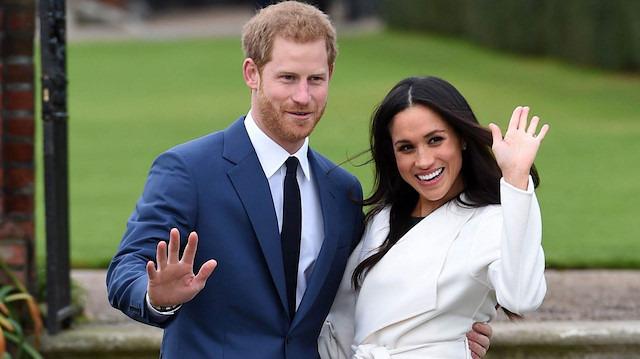 Kraliyet ailesinin gelini elbisesindeki etiketi unutunca rezil oldu