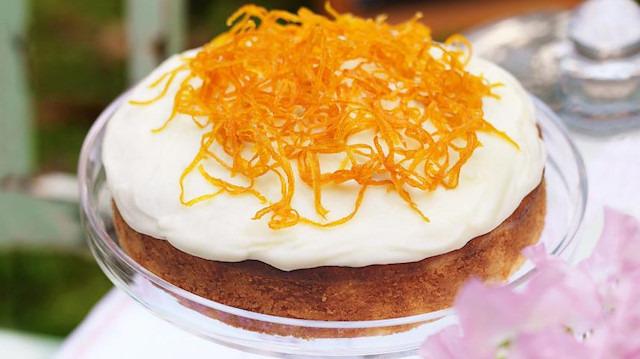 Oturdum ellerimle sana kek yaptım: Portakallı kek tarifi