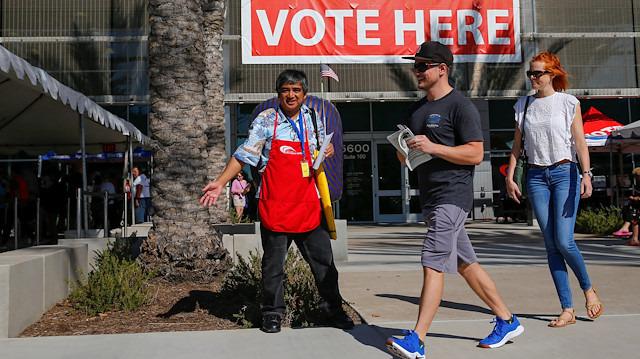 ABD'de milyonlarca seçmen 'ara seçimler' için sandık başında