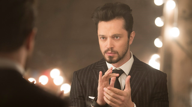 Ünlü şarkıcı Murat Boz'dan hayranlarını şaşırtan karar