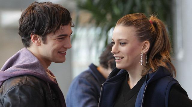 'GZT Sordu' Ekranın en popüler çifti: Serenay Sarıkaya - Çağatay Ulusoy