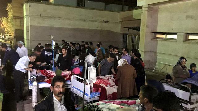 İran'da 6.4 büyüklüğünde deprem: 646 yaralı