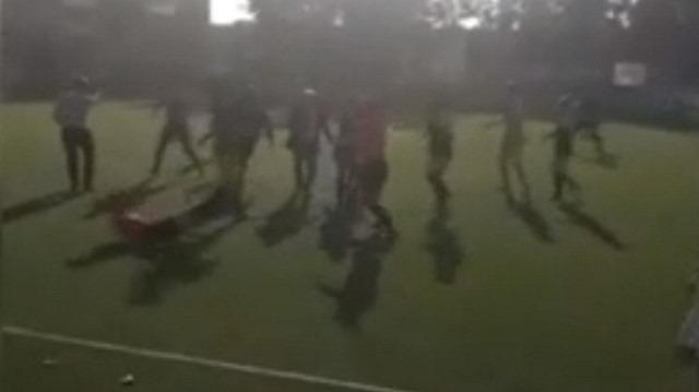 Amatör Lig'de skandal olay: Futbolcudan hakeme uçan tekme!