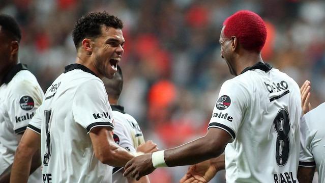 Beşiktaş'ın 2 yıldızı Galatasaray derbisinde yok