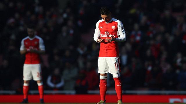 Mesut Özil'den 'Abdülhamid' paylaşmı