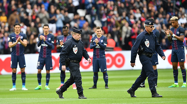 Fransa'da PSG-Montpellier maçı ertelendi