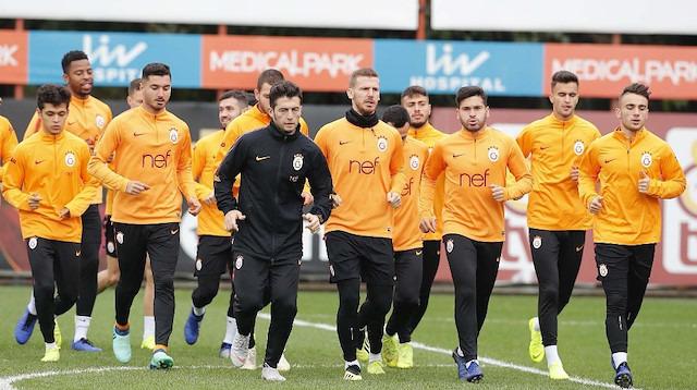 Galatasaray, Ankara'ya genç isimlerle gitti