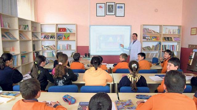 Eğitim fakülteleri sil baştan düzenlenecek