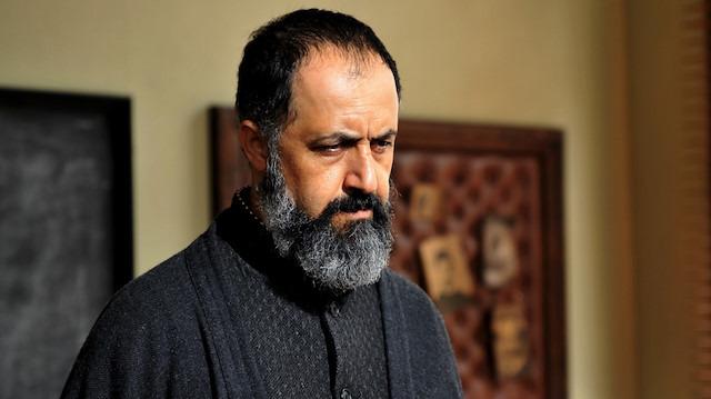 Mehmet Özgür: Tiyatroya dönüşler yaşanıyor
