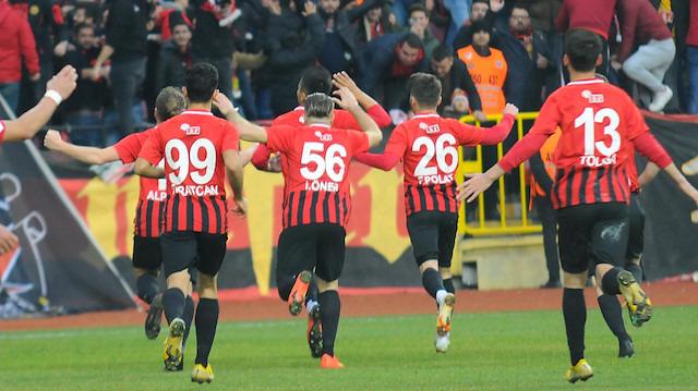Halil Ünal: Önemli bir kulüp 5 oyuncumuzu istiyor