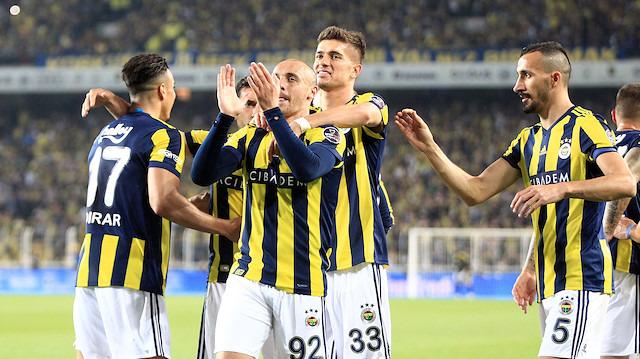 Fenerbahçe'de iki isme af çıktı
