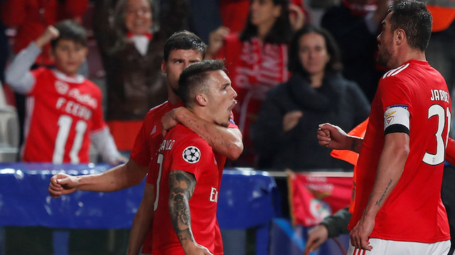 Galatasaray'ın rakibi Benfica 5'te 5 yaptı