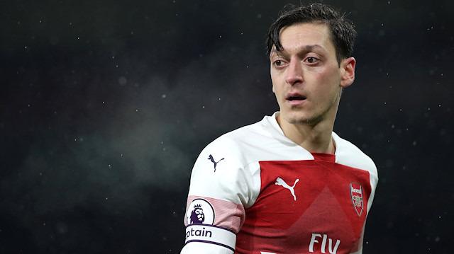 Mesut Özil: Biz Türkler tarihine aç bir toplumuz