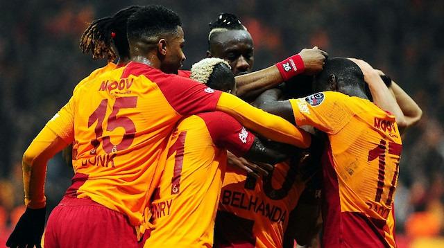 Galatasaray, Benfica'yı ağırlayacak