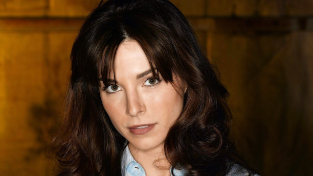 ABD'li oyuncu Lisa Sheridan hayatını kaybetti