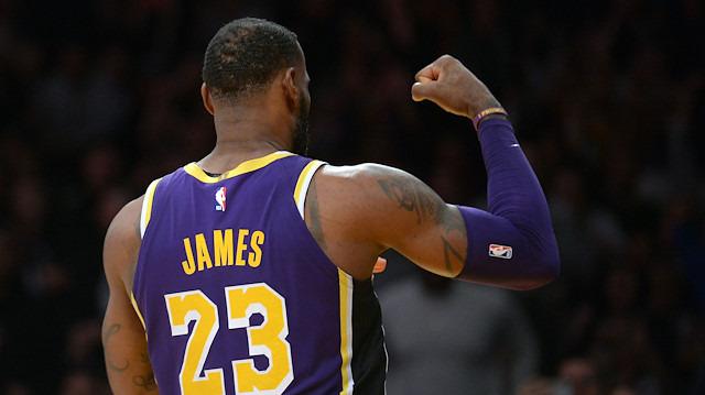 LeBron James, Michael Jordan'ı geçti