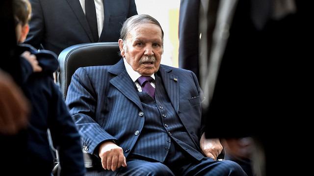 Cezayir'de dört senaryo