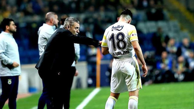 Mehmet Demirkol: Fenerbahçe 10 kişi oynasa daha iyi