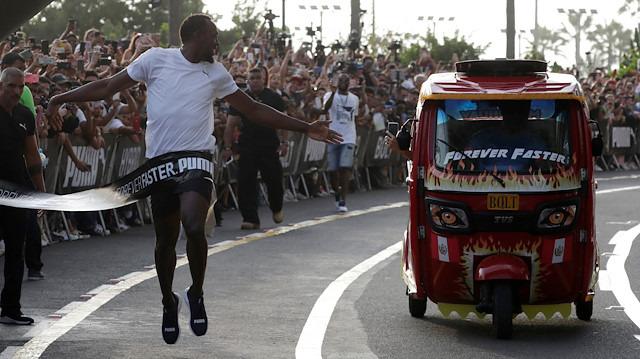 Usain Bolt, tripotöre fark attı