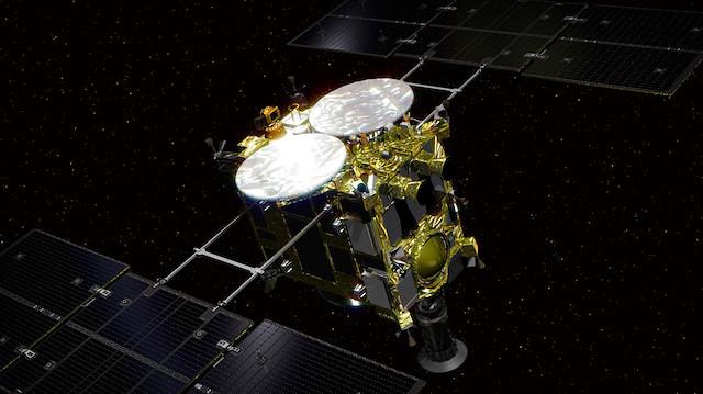 Japonya'dan ilginç canlı yayın: 'Asteroit bombalandı'