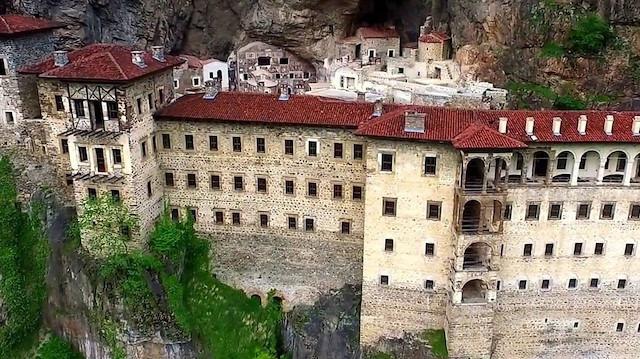 Sümela Manastırı eski ihtişamlı günlerine kavuşuyor