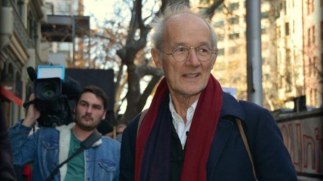 Assange'ın babasından Avustralya'ya çağrı: Evine getirin
