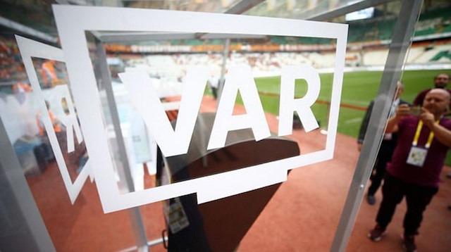 Galatasaray VAR konuşmalarını talep etti