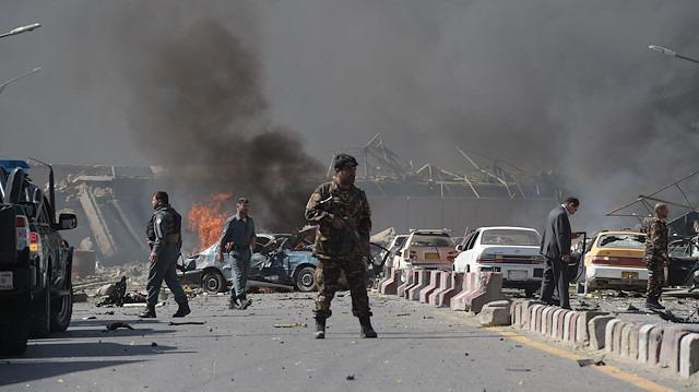 Afganistan'da istihbarat binasına bombalı saldırı