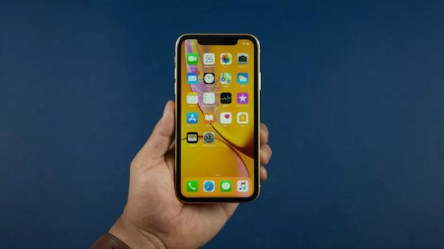 Yeni iPhone'larda ekran altı parmak izi okuyucu yer alabilir