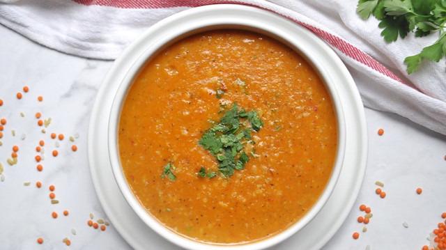 Günün çorbası: Kıymalı nohutlu ezogelin çorbası
