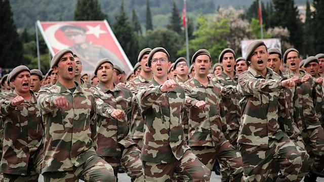 'Tek tip askerlik' 21 Mayıs'ta Meclis'e geliyor: Yeni model askerlik teklifi ne içeriyor?