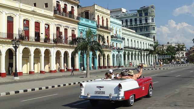 Ekonomisini turizmle ayakta tutmaya çalışan ülke: Küba