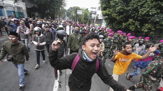Endonezya'da seçim gibi sonuçları da ölüm getirdi