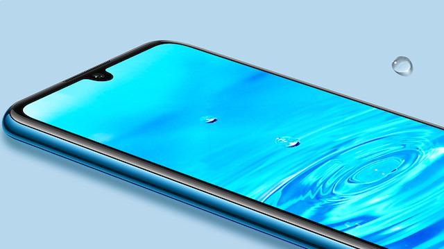 Huawei P30 lite gücünü tasarımından alıyor
